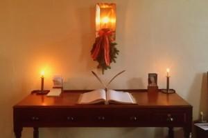 Vandalia candle desk